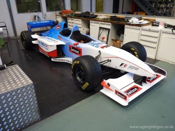 minardi-f1-x2-2013-vehical-wrap