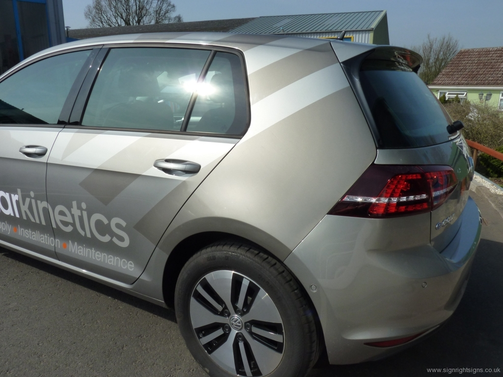solarkinetics-2015-vw-golf-car-signs