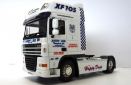 andy-lee-model-lorry