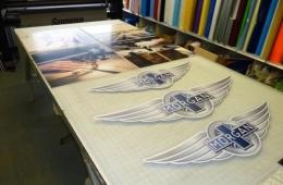 morgan-geneva-2015-exibition-signs-and-wings